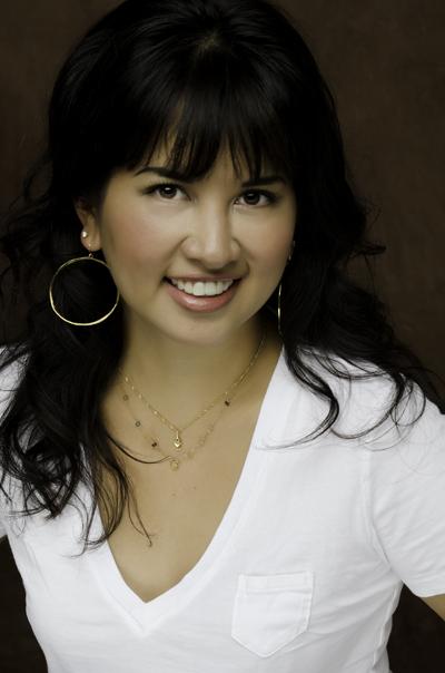 Austin Beauty Blogger, Co-Founder of Beautypendence blog - Jenn